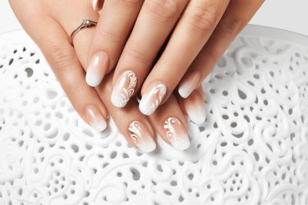 Nageldesign-Kurs-weis